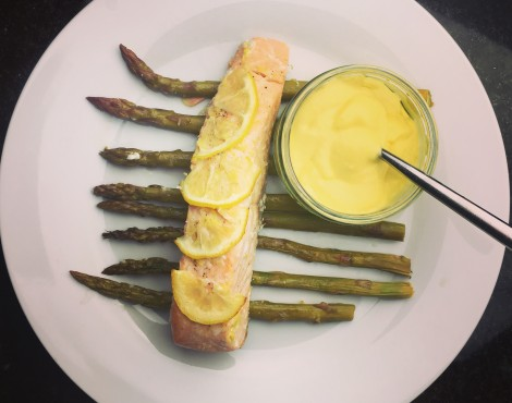 Salmon, Asparagus and Garlic Mayo….